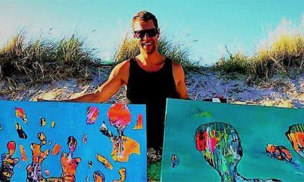 """Spirituella Fredrik Olséns stora abstrakta konstverk har visats världen över – """"Det är mer energi i större verk"""""""