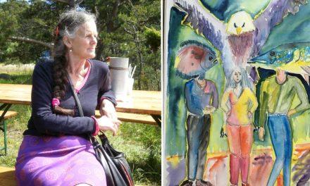 Ebba Mary Dahlström har konsten i blodet – hon utgår både från verkligheten och hennes inre själsliv när hon skapar.
