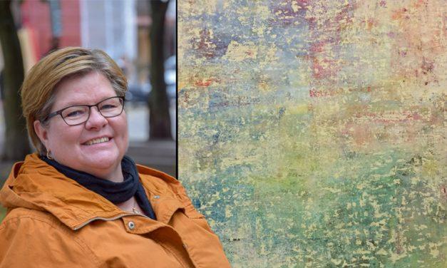 """""""Krisen som bortblåst"""" – Anna-Maria Johansson har tagit sig igenom många prövningar med hjälp av Vedic Art och bibelblad"""